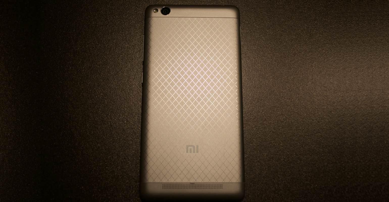 Xiaomi Redmi 3 achterkant