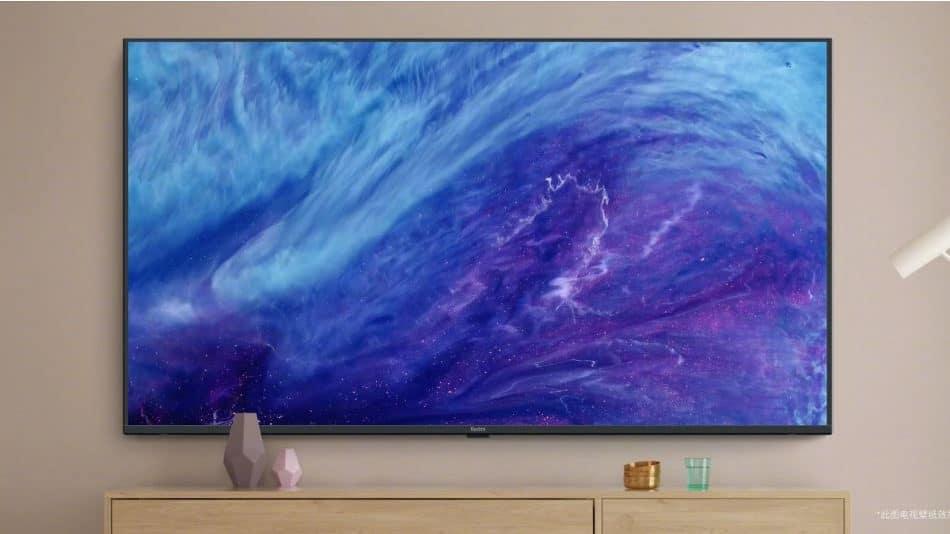 cropped Xiaomi Redmi TV 70