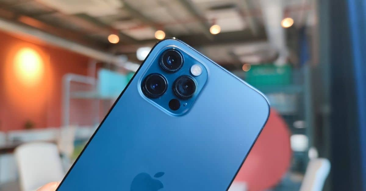iPhone 12 featured